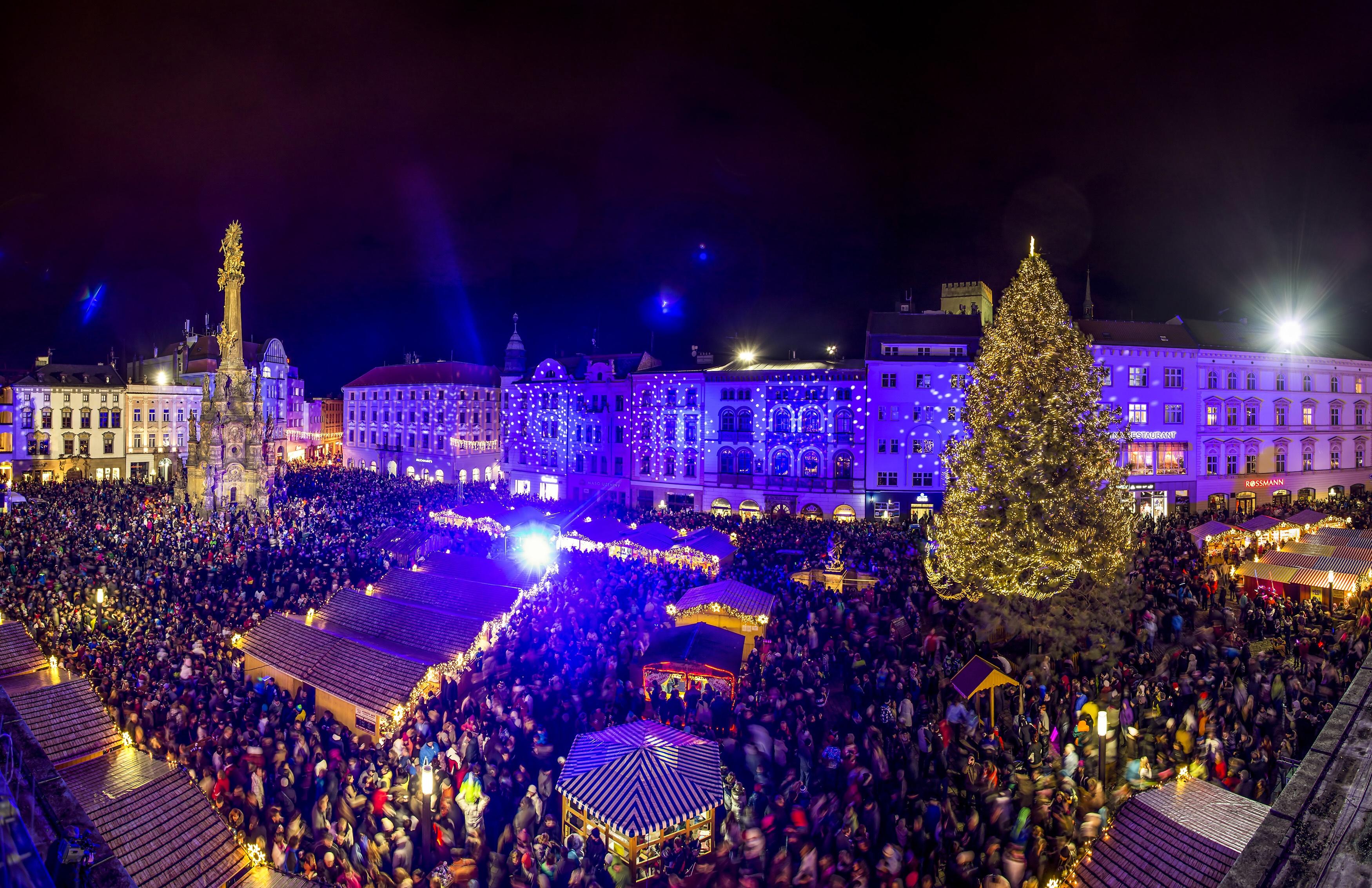 Výsledek obrázku pro vánoční olomouc 2016